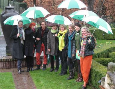 Buchvorstellung Gartenexpertinnen und ihr grünes Wissen