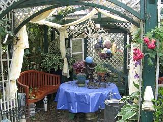 gartenreise gartenliteratur und rosen blog privatgarten. Black Bedroom Furniture Sets. Home Design Ideas
