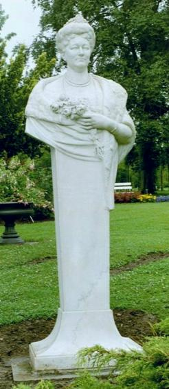 Kaiserin Auguste Büste in Sangerhausen